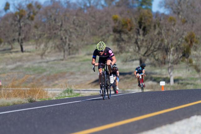 Riders bridging up to form a solid break -(Alex Chiu)