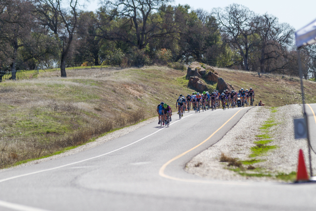 The pack closes in at the line - (Alex Chiu)